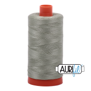 Aurifil 2902  Light Laurel Green 1300m